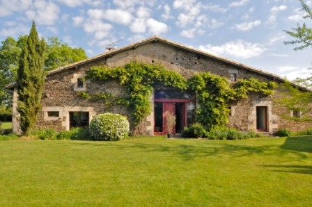Image pour Vente Maison a CHAMPDENIERS SAINT DENIS 472500 euro