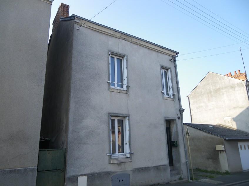 Image pour Vente Maison a Thouars 72360 euro
