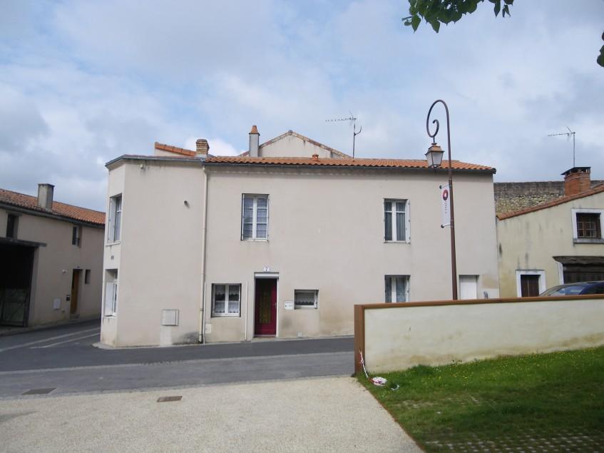 Image pour Vente Maison a Thouars 70200 euro