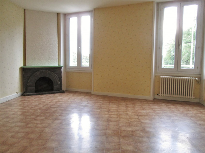 Image pour Location Appartement a Thouars 350 euro