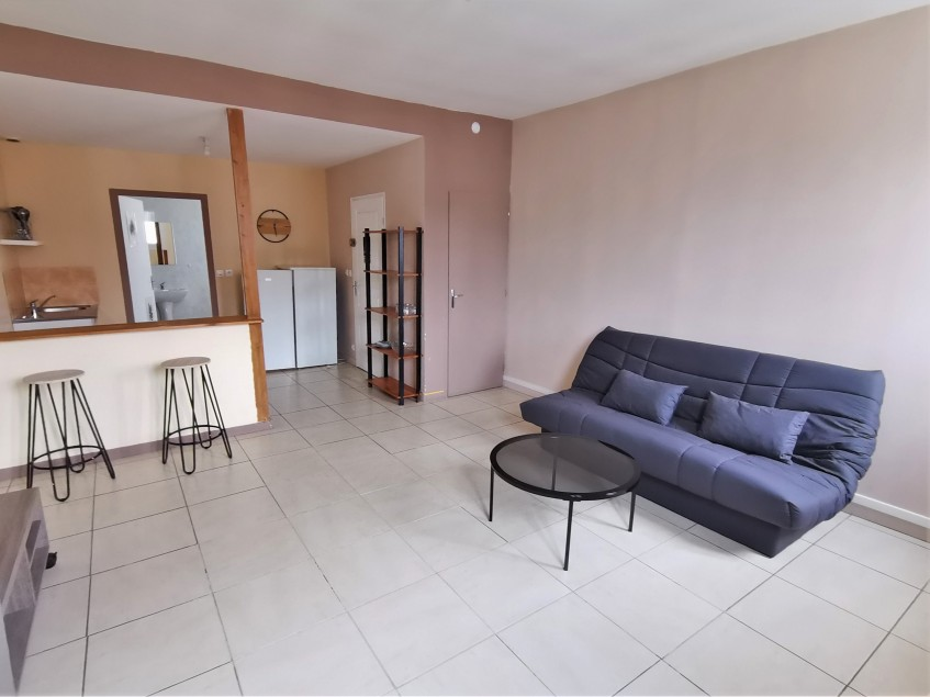 Image pour Location Appartement a Thouars 320 euro