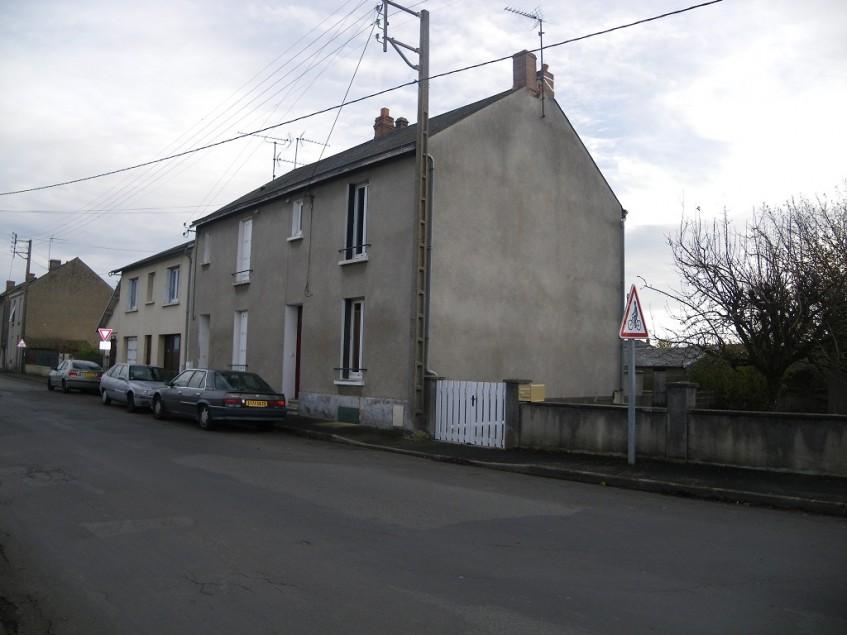 vignette pour Vente Maison a Thouars 81000 euro