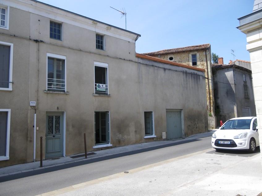 vignette pour Vente Maison a Thouars 60 500 euro